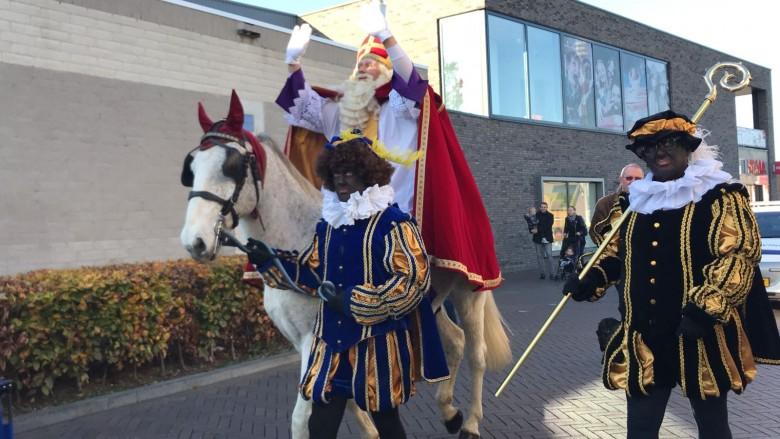 Sinterklaas wordt welkom geheten
